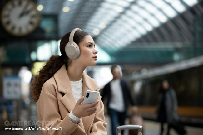 The Sony WH-1000XM4 take the baton from the leading noise-cancelling headphones